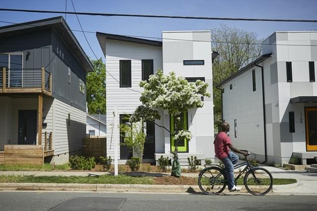 Giá tăng, nợ nhiều khiến người Mỹ lùi thời điểm mua nhà lần đầu
