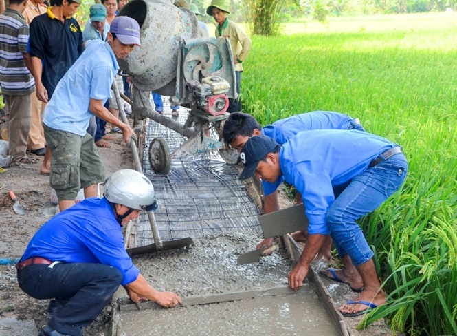 Tuổi trẻ Sóc Trăng chung tay xây dựng nông thôn mới
