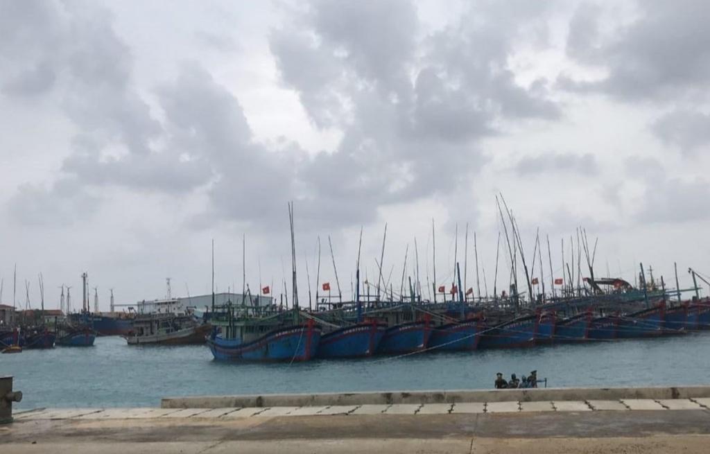 Bão số 6 gây mưa to đến rất to tại các tỉnh Quảng Ngãi đến Khánh Hòa