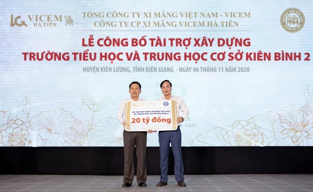 Huyện Kiên Lương, Kiên Giang: Vicem Hà Tiên tài trợ xây dựng trường học