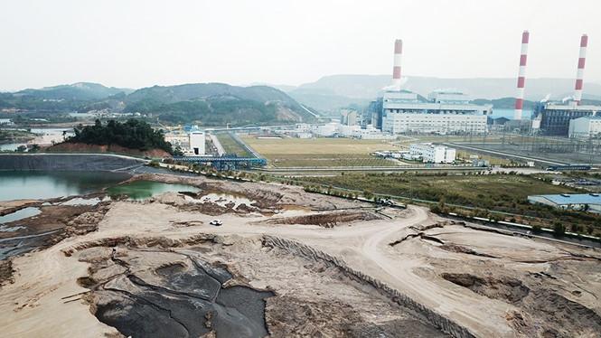 Xử lý và sử dụng tro, xỉ, thạch cao làm VLXD: Tiêu thụ  42% so với tổng lượng phát thải