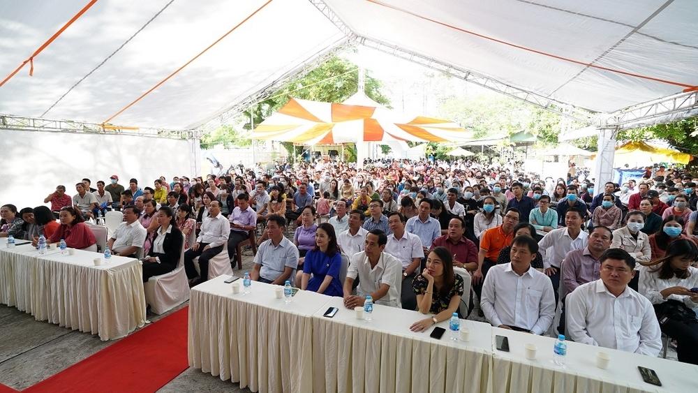 Ngày hội việc làm đã mở ra nhiều cơ hội cho người lao động tại Phú Quốc