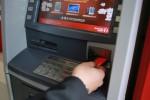 Phạt ngân hàng nếu máy ATM hết tiền dịp tết