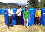 Tập đoàn Tân Á Đại Thành trao tặng hơn 600 bồn nước cho người dân tỉnh Ninh Thuận