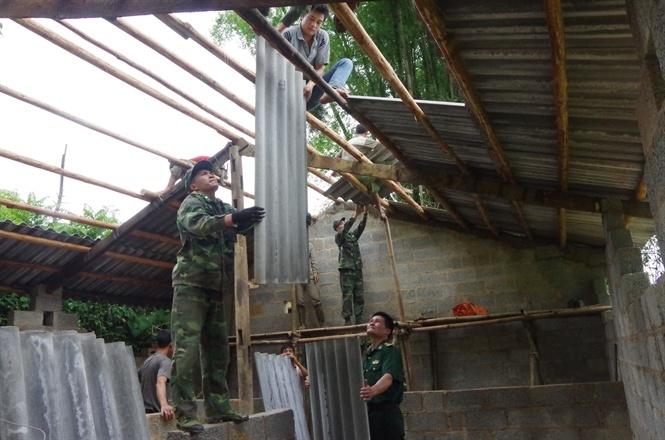 Bộ đội biên phòng chung tay xây dựng nông thôn mới