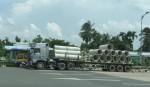 CSGT phạt xe chở ống cống