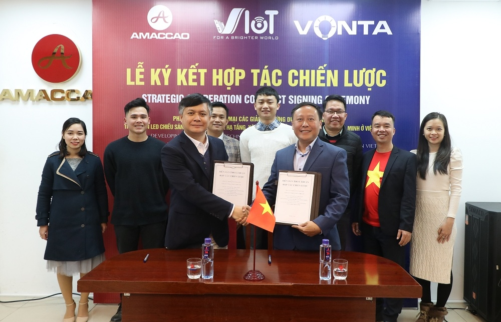 Tập đoàn AMACCAO ký kết hợp đồng hợp tác chiến lược với VIoT