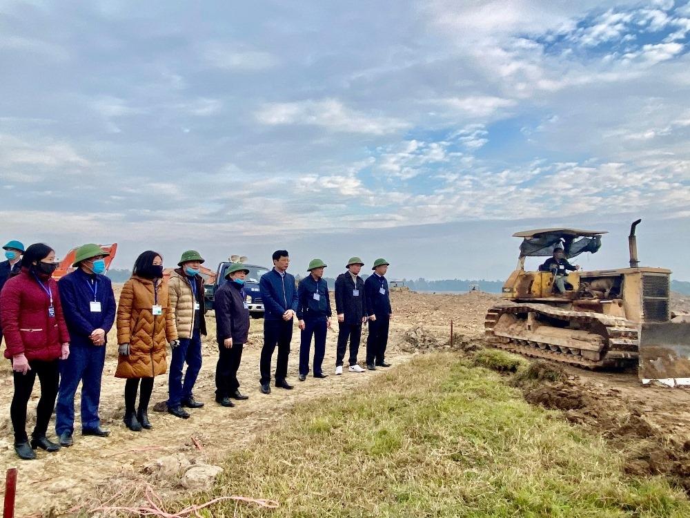 Cưỡng chế đợt 2 thu hồi đất thực hiện dự án Khu đô thị mới Nam Vĩnh Yên giai đoạn 3 tại phường Đồng Tâm