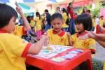 Mái ấm gia đình Việt chung vui cùng các em nhỏ có hoàn đặc biệt