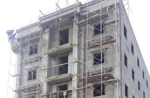 Điều tra vụ 3 người chết vì rơi từ công trình cao gần 20 m