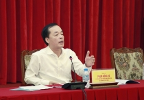 minister pham hong ha creating favorable conditions for people and businesses
