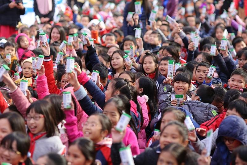 Nhiều tín hiệu tích cực sau 2 tháng triển khai Chương trình Sữa học đường Hà Nội