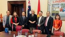 mayor of melbourne received extraordinary plenipotentiary ambassador of vietnam in australia