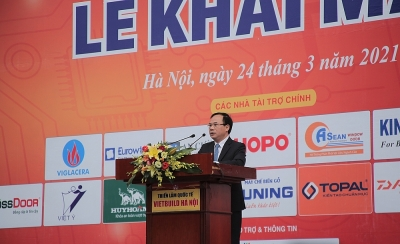 More than 1,000 booths participated in 1st Vietbuild Hanoi Exhibition 2021