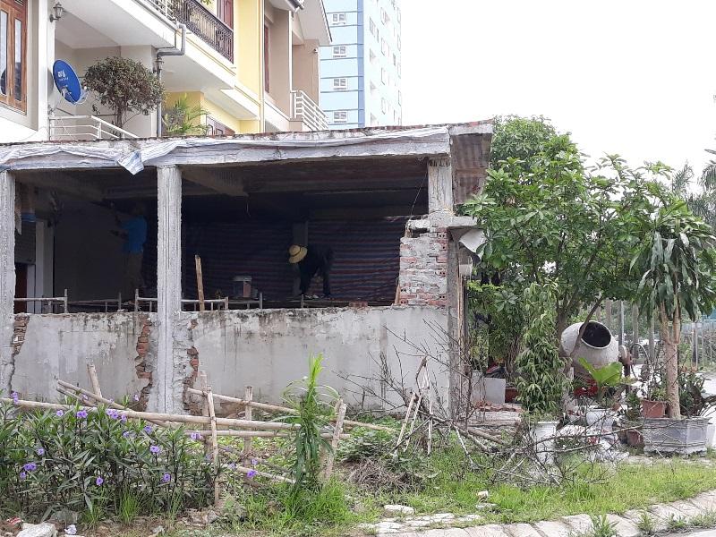 """TP Vinh (Nghệ An): Bế tắc trong xử lý công trình xây dựng sai phạm vì chủ đầu tư """"bất hợp tác"""""""