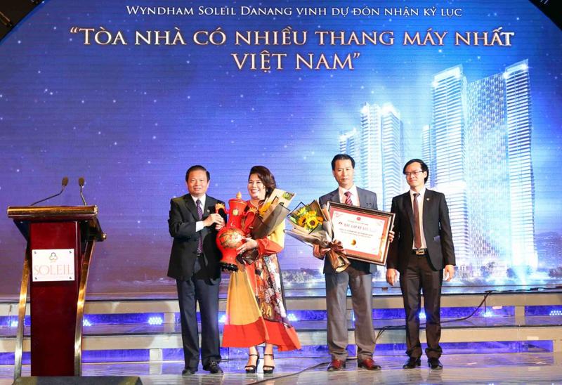 Trao kỷ lục Việt Nam cho Tổ hợp khách sạn, condotel 5 sao Wyndham Soleil Danang