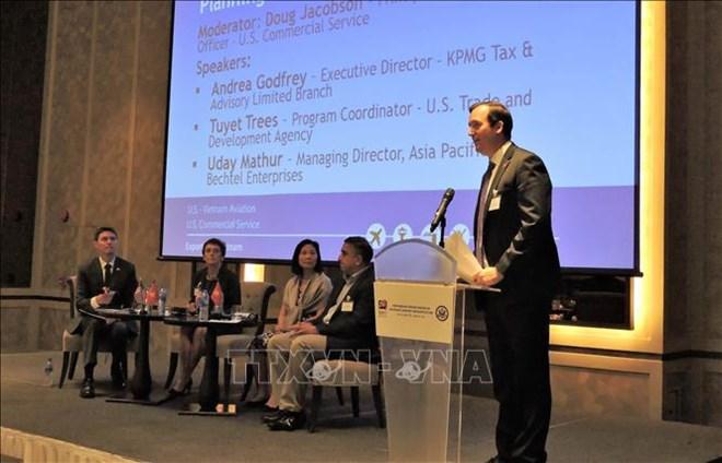 Vietnam, US talk collaboration in airport infrastructure development