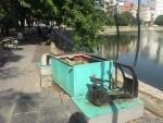 Hàng loạt máy tập thể dục lọc nước bỏ không tại Hà Nội