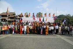 Hành trình chiêm bái, cầu an của đoàn đại biểu Vesak 2019 tại Fansipan (Sa Pa)