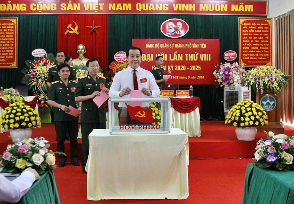 vinh phuc dang bo quan su thanh pho vinh yen to chuc dai hoi dang bo lan thu viii nhiem ky 2020 2025