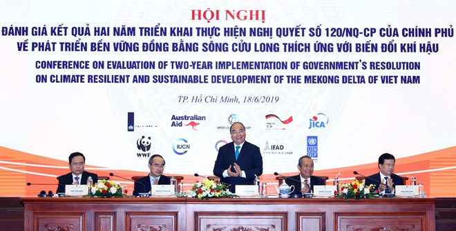 Mekong Delta should shift towards adapting to climate change: PM