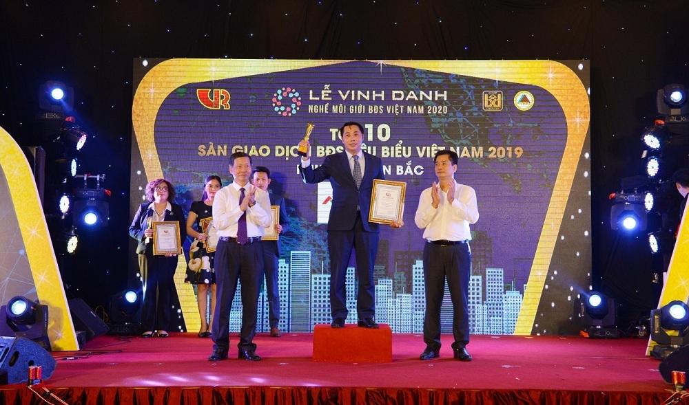AVLand Group được vinh danh Top 5 sàn giao dịch bất động sản tiêu biểu Việt Nam năm 2019