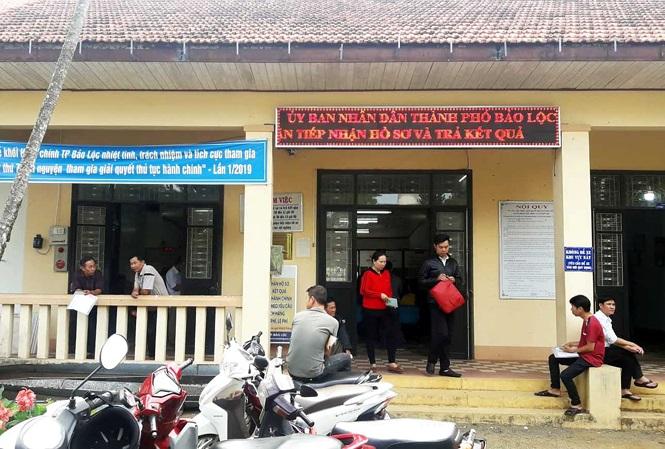 Giao cả trăm lô đất sai quy định, UBND tỉnh Lâm Đồng 'tuýt còi'