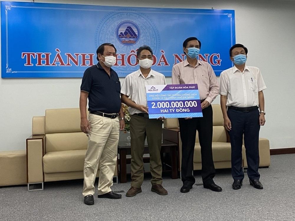 Hòa Phát ủng hộ thành phố Đà Nẵng, tỉnh Quảng Nam và Quảng Ngãi 6 tỷ đồng phòng chống dịch Covid-19
