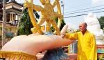 Ngôi chùa có hàng trăm pho tượng chỉ một nhà sư trông nom ở miền Tây