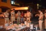 Thừa Thiên - Huế: Phát hiện xe ôtô khách vận chuyển 600 chai rượu ngoại