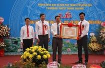 Vĩnh Yên (Vĩnh Phúc): Trường THCS Định Trung khai giảng năm học mới và đón bằng công nhận trường đạt chuẩn quốc gia