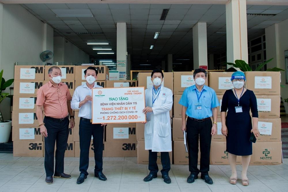 Tập đoàn Hưng Thịnh hỗ trợ trang thiết bị y tế với kinh phí gần 2 tỷ đồng cho Bệnh viện Nhân dân 115 và Bệnh viện Nhân dân Gia Định