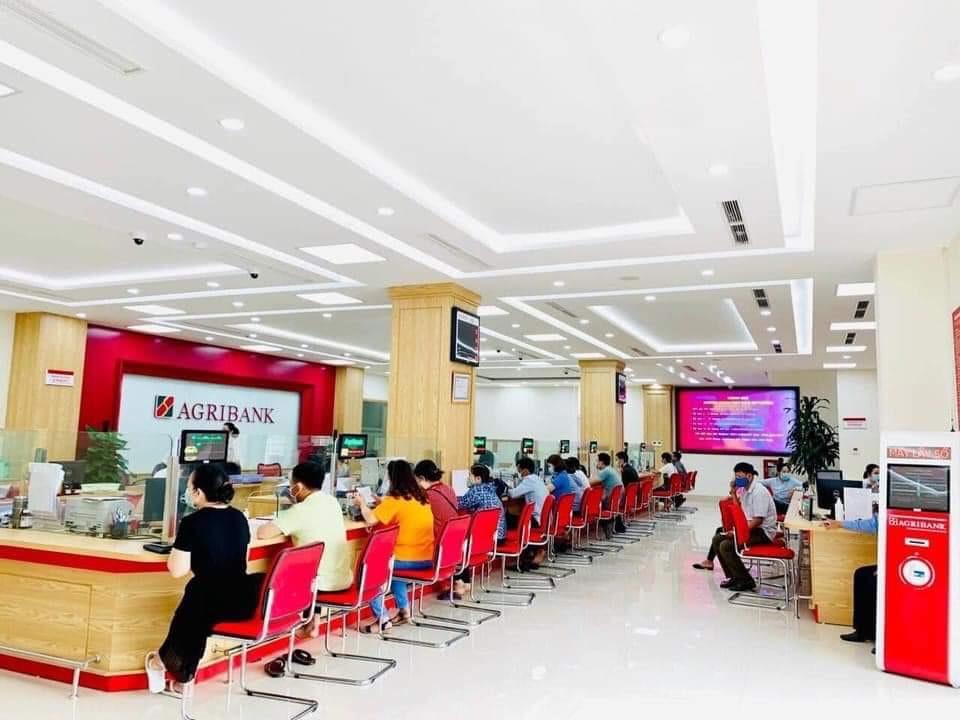 Agribank tiếp tục dành 30.000 tỷ đồng hỗ trợ khách hàng tại 19 tỉnh thành phía Nam