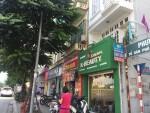 """Hà Nội: Tuyến phố kiểu mẫu bỏ dần """"đồng phục"""" biển hiệu"""
