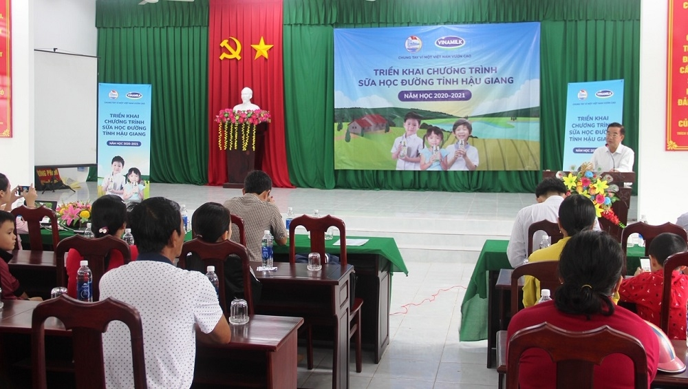 Chương trình Sữa học đường được tỉnh Hậu Giang mở rộng phạm vi thí điểm