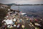 Thanh Hóa: Rác và chất thải bủa vây dọc bờ biển xã Hải Hà