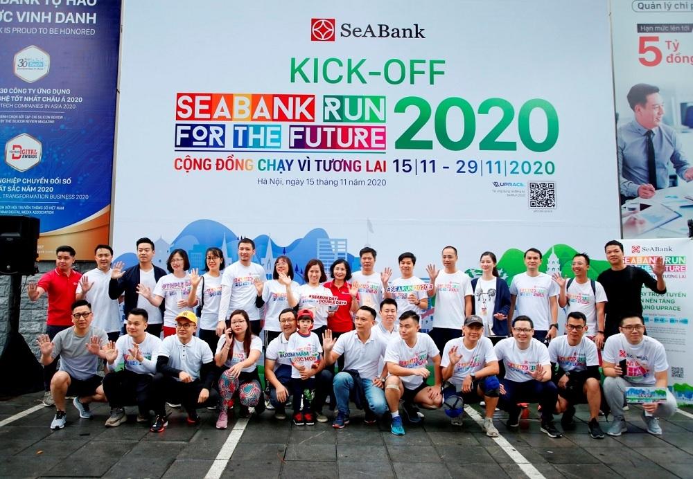 """Giải chạy """"SeABank Run For The Future 2020"""" trao tặng 27 suất học bổng khuyến học trị giá gần 2,2 tỷ đồng"""