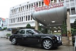 Tặng siêu xe Rolls Royce Phantom trị giá 39 tỷ ủng hộ đồng bào vùng lũ