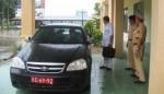 Trộm ôtô rồi gắn biển số đỏ để qua mặt cảnh sát