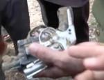 Giang hồ cướp súng của CSGT để tử thủ