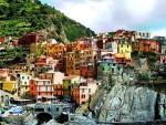 Kỳ vĩ những thành phố tuyệt đẹp bên vách đá