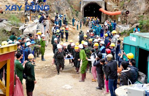 Giải cứu an toàn toàn bộ 12 công nhân mắc kẹt trong hầm Đạ Dâng