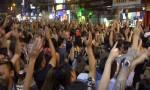 [VIDEO] Người nước ngoài nhảy nhót đông nghẹt ở phố Tây Sài Gòn