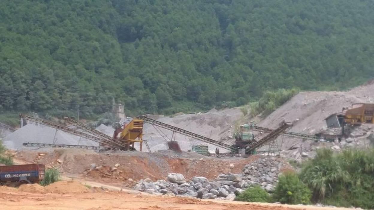 Hoành Bồ (Quảng Ninh): Khai thác đá và vấn đề tác động môi trường