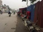 Hà Nội: Nhếch nhác tại khu vực cầu vượt Hoàng Hoa Thám – Văn Cao