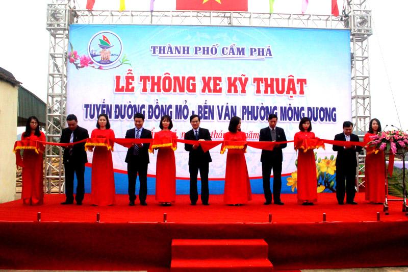 Cẩm Phả (Quảng Ninh): Con đường ánh sắc xuân ở một khe bản người Dao
