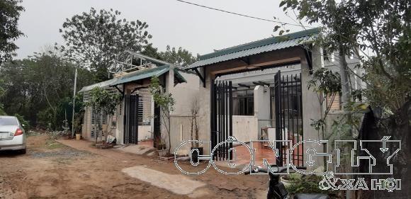 Yên Phụ (Tây Hồ - Hà Nội): Hàng loạt biệt thự mọc trên hành lang thoát lũ