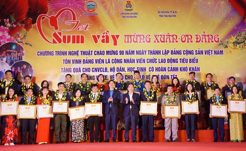 lien doan lao dong tinh thai nguyen cham lo tet cho nguoi lao dong