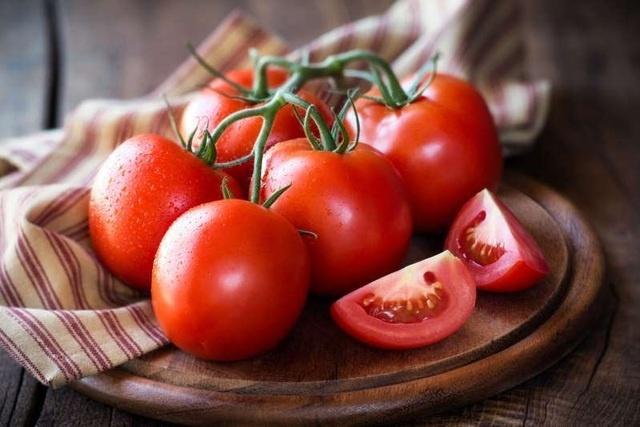 5 thực phẩm giúp cải thiện tình trạng nôn mửa, chóng mặt khi say rượu
