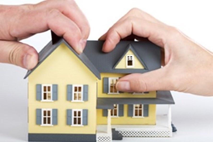 Vợ chồng mua đất trong thời kỳ hôn nhân là tài sản chung hay riêng?